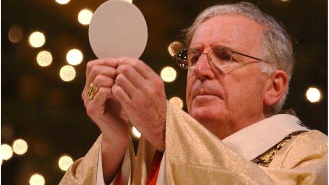 obituary cardinal cormac murphy o connor bbc news