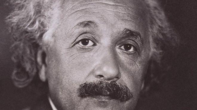 Los excéntricos hábitos de Albert Einstein y qué lecciones útiles nos enseñan