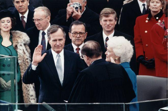 """前美国总统老布什,在国际政策上相对""""亲""""台"""