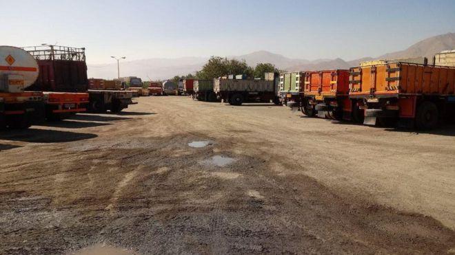 اعتصاب رانندگان کامیون در شهرهای مختلف ایران