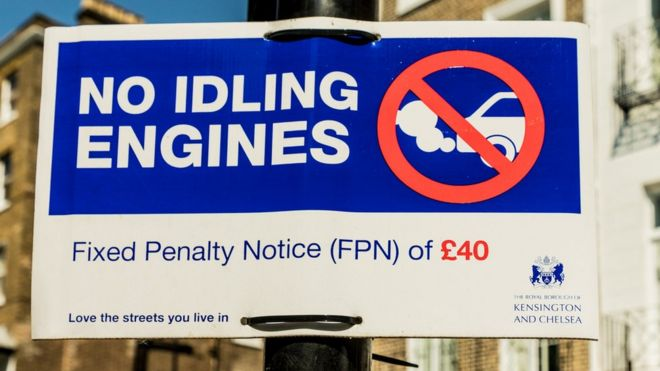 Air pollution: How damaging are idling cars and buses? - BBC News