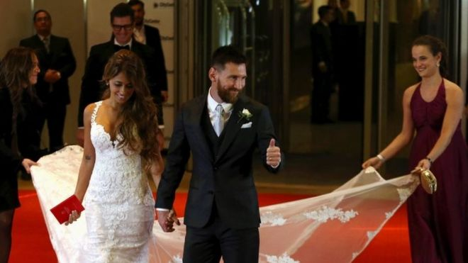 Argentine Soccer Player Lionel Messi And His Wife Antonela Roccuzzo Make An Appearance For The Press