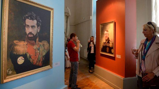 معرض فني في سان بطرسبرغ