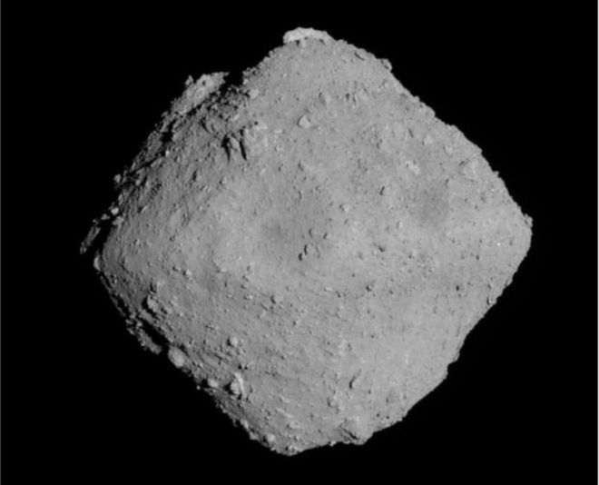 Hayabusa-2: Japan sets date for spacecraft's asteroid touchdown
