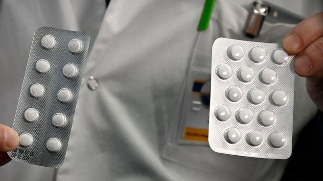 Pacotes de medicamentos à base de cloroquina na França