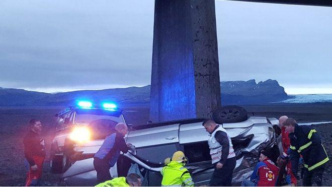 Iceland crash: Three British people including child killed - BBC News