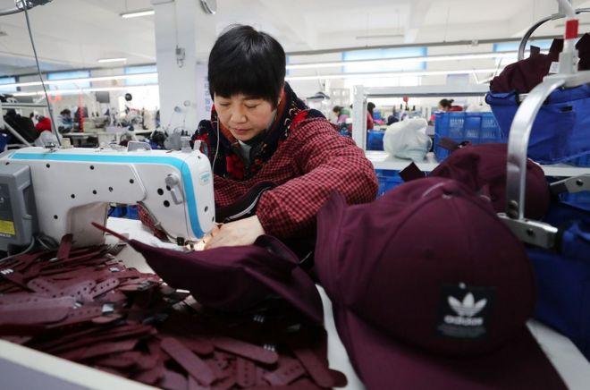 中美贸易战:美股急挫 特朗普称6月底大阪会习近平
