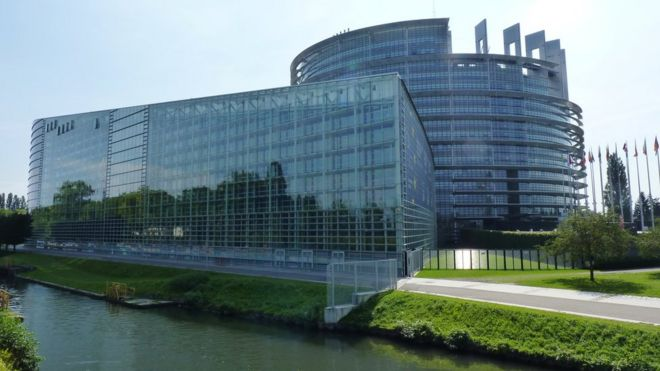 d406ea1fd22fe6 Migrant crisis  EU Strasbourg parliament  could be  shelter - BBC News