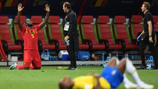Romulu Lukaku comemorando vitória sobre o Brasil, pelas quartas de final