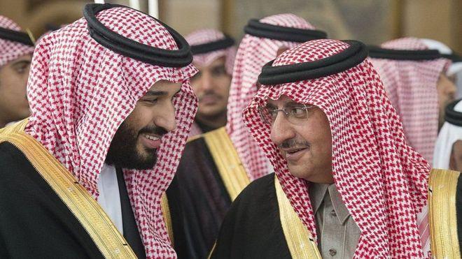 Mohammed bin Salman kushoto alichukua mahala pake Mohamed bin Nayef kama mwamfalme wa Saudia