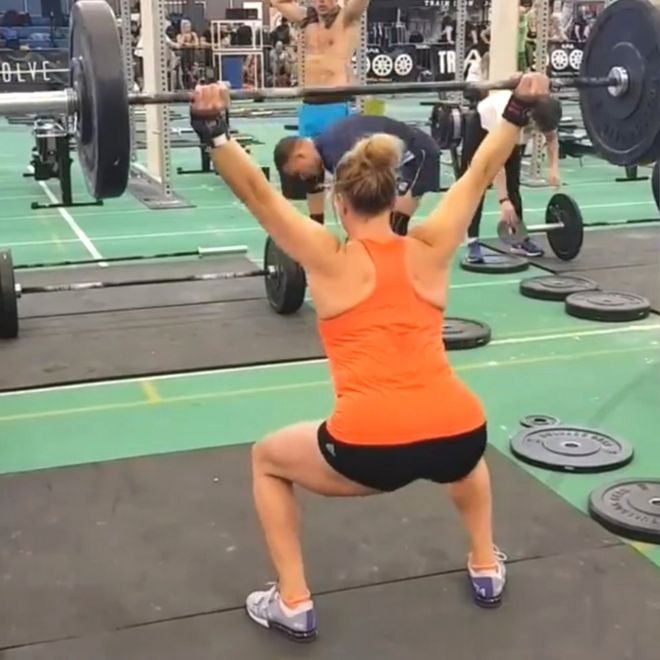 Молли Уильямс в спортзале
