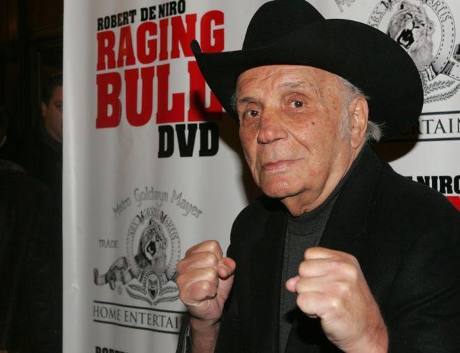 Jake LaMotta: Legendary Raging Bull boxer dies at 95 - BBC News