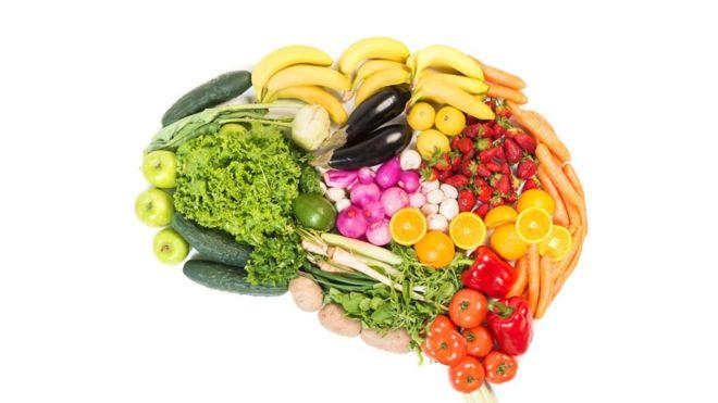 Ilustração de cérebro feito de vegetais