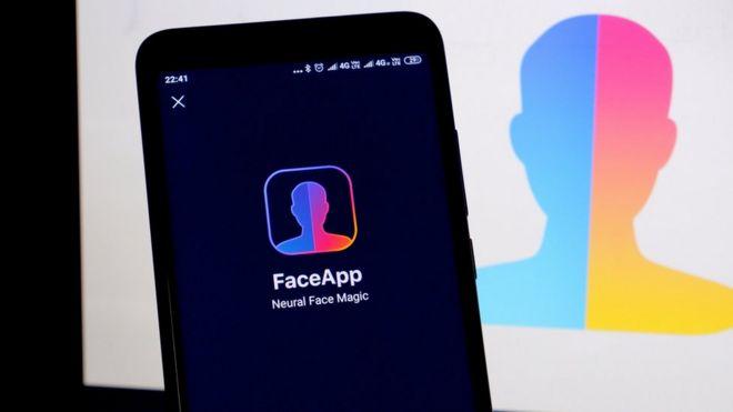 Американский сенатор увидел в приложении FaceApp угрозу нацбезопасности