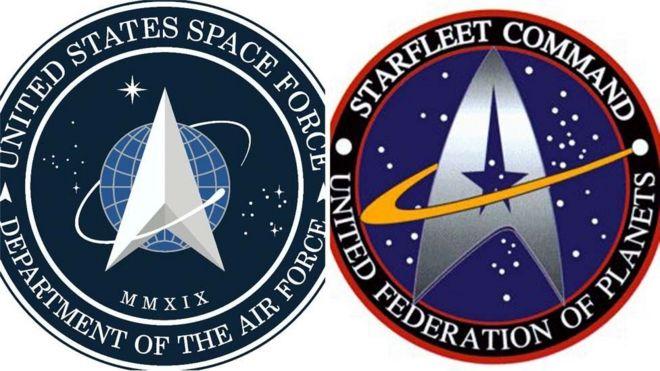 Эмблема космических сил США (слева) и эмблема