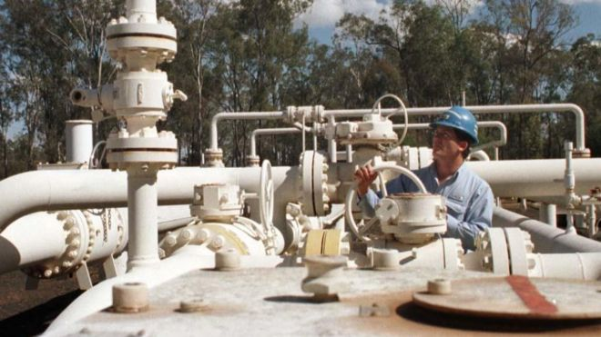长江实业已经拥有多间澳洲基建公司的股权,范围包括供电、供水和天然气供应,覆盖澳洲大部份州份。