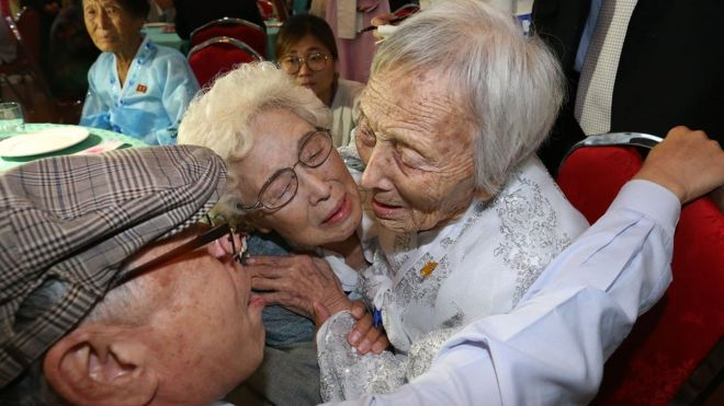 North Korean Cho Soon-Do, 89 (R) meets with her South Korean sister Cho Hae-Do, 86, and brother Cho Do-Jae, 75