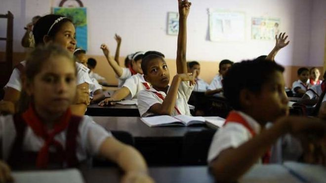Escola em Santiago