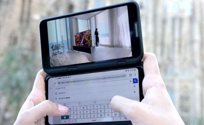 LG's Dual Screen foldable phone breaks apart