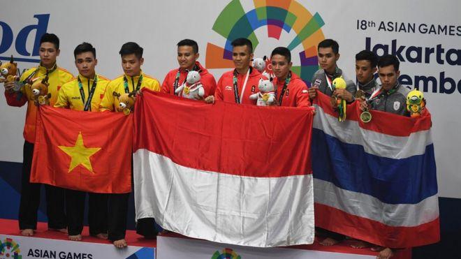 Vietnam dan Thailand termasuk negara-negara yang mengirimkan wakilnya untuk berkompetisi di cabang olahraga pencak silat di Asian Games 2018.
