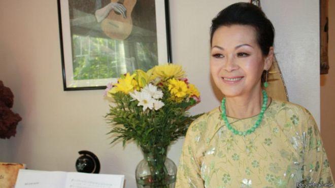 Khánh Ly, cùng Thanh Thúy và Hoàng Oanh, là vài nữ ca sĩ vang danh thời Việt Nam Cộng hòa đã ra đi vào thời điểm 30/4/1975.