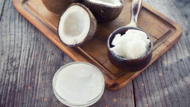 椰子油可以食用,也可以美容。