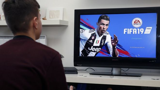 Juventus to be called Piemonte Calcio in Fifa after PES deal - BBC News