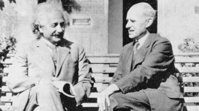 Einstein (izquierda) y Eddington (derecha) solo se reunieron por primera vez años después del final de la Primera Guerra Mundial