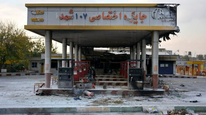A burned-out petrol station in Eslamshahr, near Tehran (17 November 2019)