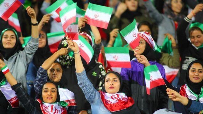 در فینال آسیا٬ 'تعداد محدودی' از زنان اجازه خواهند داشت تا وارد ورزشگاه آزادی شوند