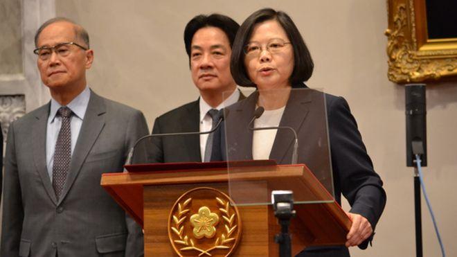 台灣與非洲友邦布吉納法索斷交,總統蔡英文召開緊急記者會。