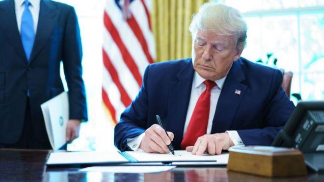 ABD Başkanı Donald Trump, İran'a yönelik yeni ekonomik yaptırımları imzaladı