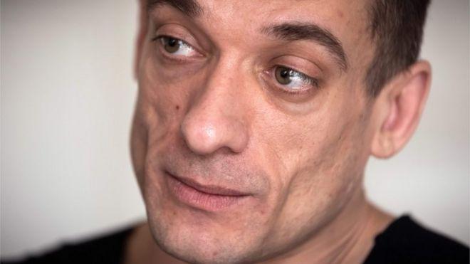 Художник Павленский арестован в Париже после публикации интимного видео с французским политиком