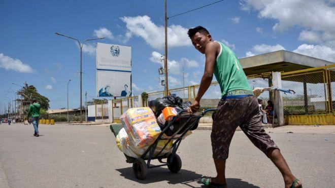 Venezolano en la frontera