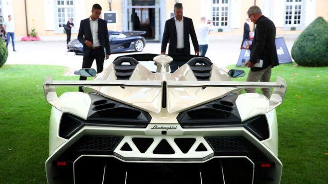 Lamborghini Veneno Roadster (2014)