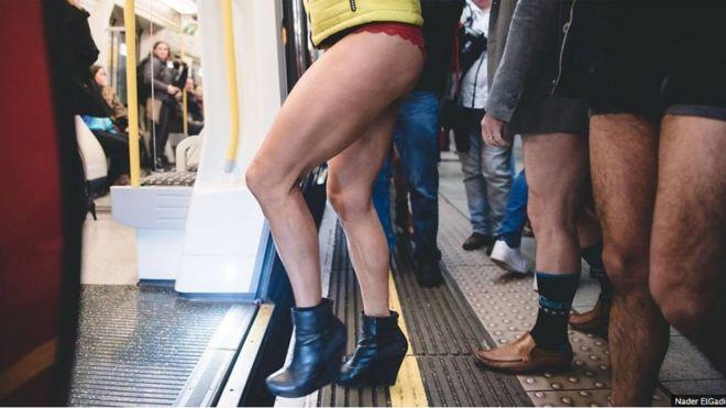 伦敦地铁无裤日