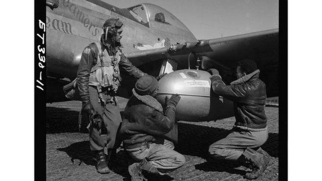 Tuskegee Airmen, grupo de pilotos de elite das Forças Armadas americanas formado somente por negros
