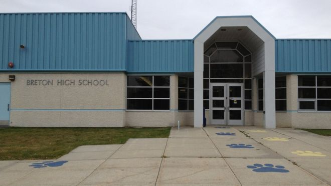 Sexist slur inflames Canada village school's dress code row