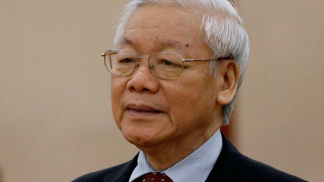 Tổng Bí thư Nguyễn Phú Trọng đứng đầu hai tiểu ban chuẩn bị Đại hội Đảng 13