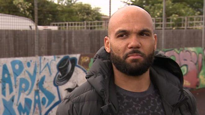 Former 'dangerous' gang leader thanks police for prison - BBC News
