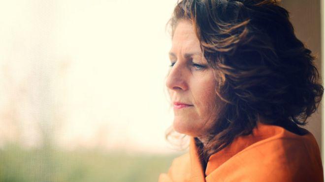 Риск рака груди от гормональной терапии при климаксе выше, чем считалось
