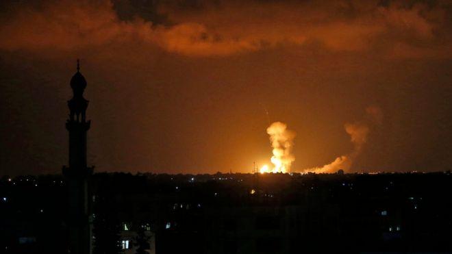 İsrail Gazze Şeridi'ni vurdu: En az 4 Filistinli öldü