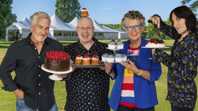 Great British Bake Off: 'Excellent' Matt Lucas Charms Critics on Show Debut