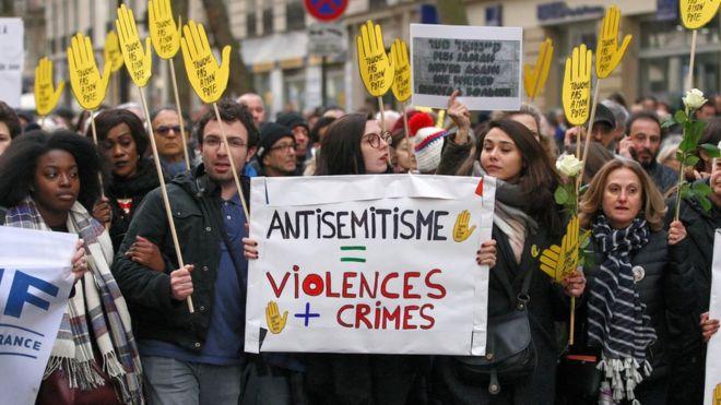 Manifestação em Paris em memória de Mireille Knoll