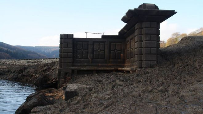 Ladybower Reservoir's low water levels reveal abandoned