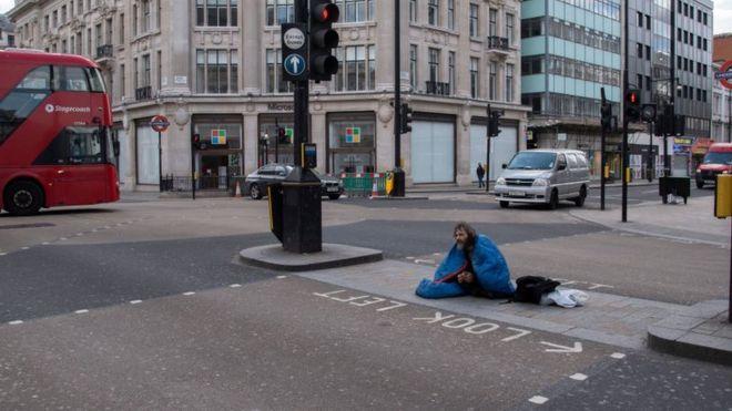 бездомный в Лондоне