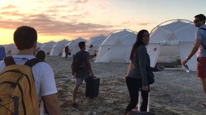 Fyre фестивальные палатки