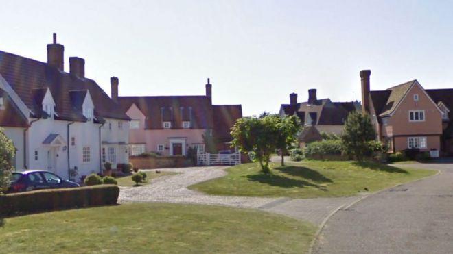 Excellent Man Dies Days After Wife Found Dead At Aldeburgh House Bbc Download Free Architecture Designs Scobabritishbridgeorg