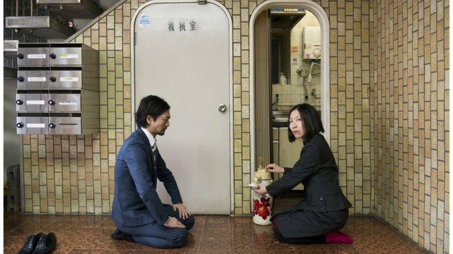 給湯流茶道はどんな場所でも茶会を開くことが可能(撮影:奥村智範)