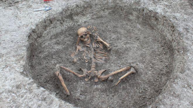 Esqueletos de cerca de 3 mil anos de idade encontrados em Oxfordshire